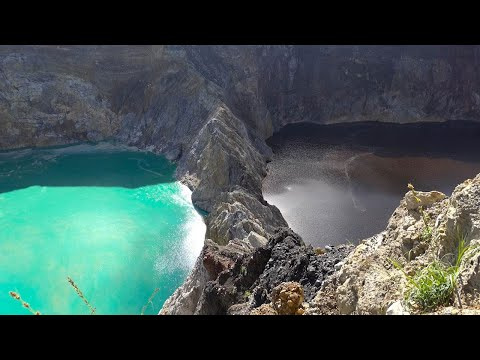Breathtaking Colour Changing Lakes