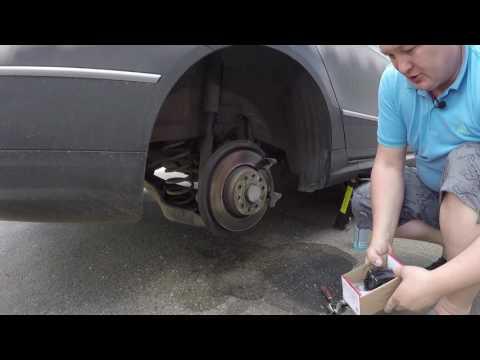 Как поменять задние тормозные колодки на фольксваген пассат б6 видео