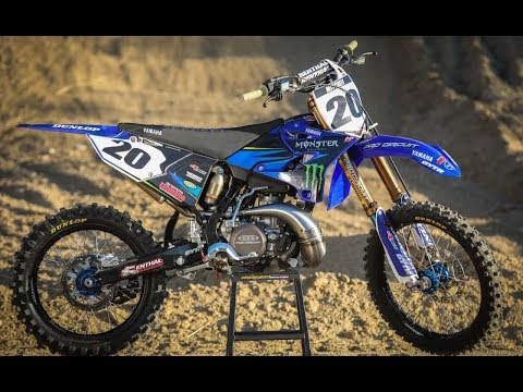 Deluxe Yamaha YZ250 2 Stroke Build - Motocross Action Magazine