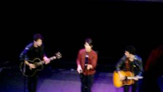 El Capitan Theatre Performance by the Jonas Brothers! 2-26-09