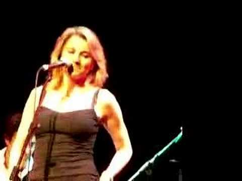 Lucy Lawless Concert, London Superstar