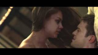 FRIENDS WITH BENEFITS International Trailer A