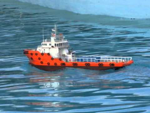 RC Anchor Handling Tug 05