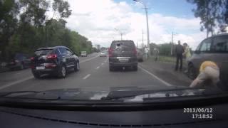 Непонятная разборка на объездной в кузнецке(, 2013-06-14T07:26:25.000Z)