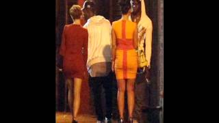 Video Mario Balotelli picks up so many women on a night out in Manchester   he has to hire a mini van to f download MP3, 3GP, MP4, WEBM, AVI, FLV Juli 2018