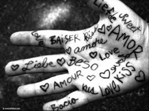 Tu mi manchi amore mio    -  Laura Pausini