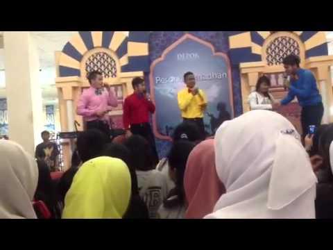 Boyfriend show @Depok Town Square