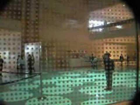 James Bond Elevator