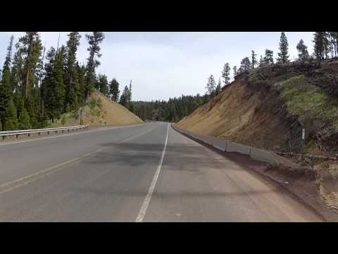 CycloTouring Oregon -- 7 mile descent into Painted Hills country -- part 1
