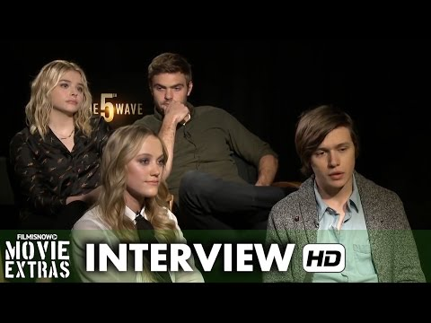The 5th Wave (2015) Cast Official Movie Interview - Moretz, Robinson, Monroe and Roe