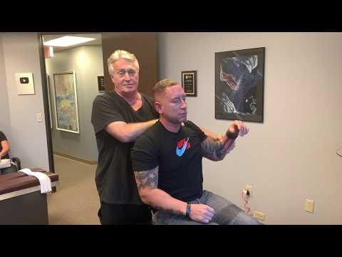 houston-chiropractor-dr-gregory-johnson-adjust-san-antonio-man-for-birthday-present