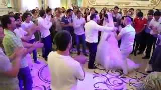 танец жениха и невесты (свадьба в Дагестане)