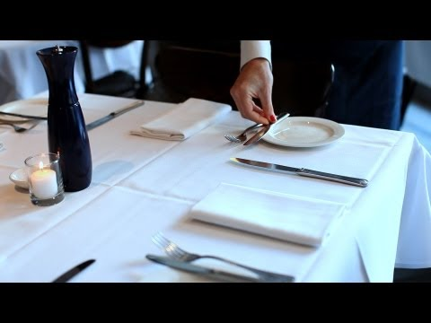How to Staff the Front of the House   Restaurant Business