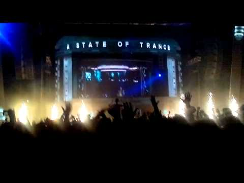 Dash Berlin @ ASOT 600 SOFIA (DJ, Ease My Apollo Road)