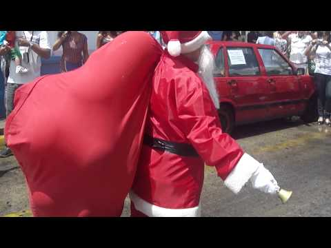 Papá Noel en la guarderia! Videos De Viajes
