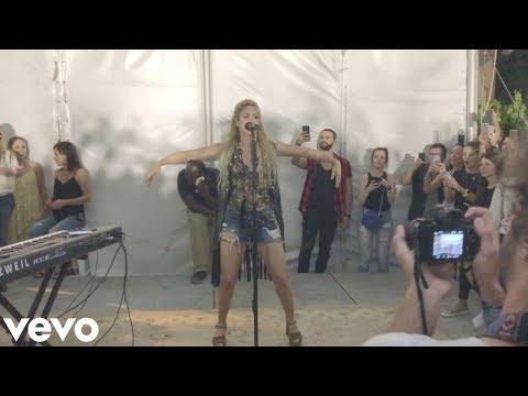 Shakira - \
