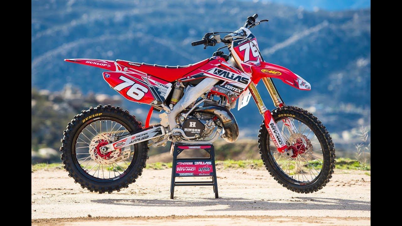 Racer X Films: Garage Build 2003 Honda CR250R - YouTube