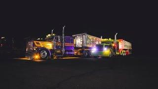 Largecar Peterbilt 379 dump trailers hauling salt
