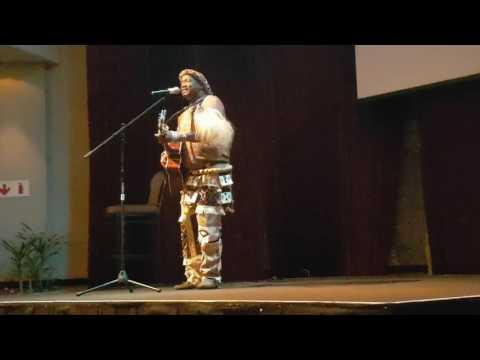 Mfiliseni Magubane performing at Tourism KwaZulu Natal dinner - followme2AFRICA Travel Academy 2016