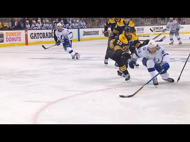 Brayden Point dangles around defender to pot gorgeous goal