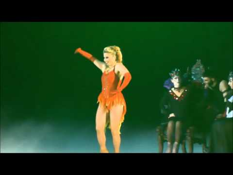 Alex Murphy, 'Howlin' for You/Maneater': Halloween on Ice 2015, Syracuse, NY