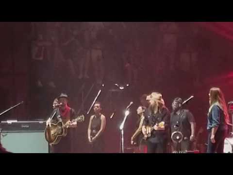 "Justin Timberlake with Chris Stapleton ""Fire Away"" at Pilgrimage Festival 9/23/17"