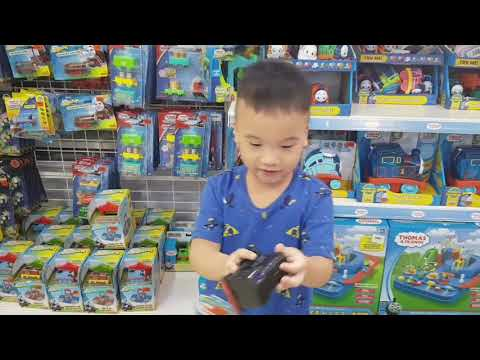 Toy's R Us Malaysia, My Son's Ultimate Favorite Toy Shop + Sunday Dinner