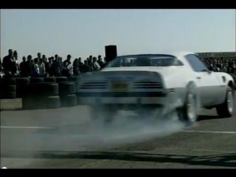 1/4 Mile Drag Racing at Santa Monica