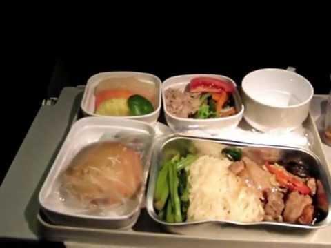 CA960便の機内食(チキン)・・・北京首都国際空港行き
