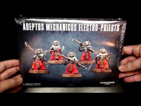Adeptus Mechanicus Electro Priests Unboxing