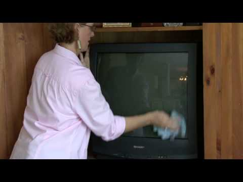General Housekeeping : How to Clean a TV Screen