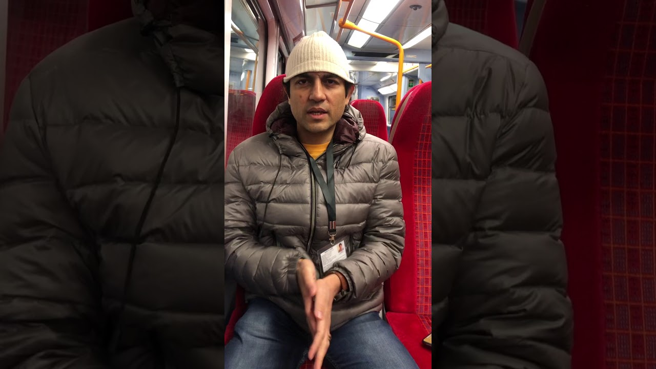 Maharishi Aazaad The Ultimate Megastar Of World In Tube Train To London Eyes | Mother Pictures News