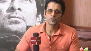 Chiyan Vikram About Stylish Costume in Thaandavam | Thandavam tamil movie | vikram interview