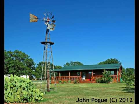 The Windmill Farm Bed and Breakfast - Hotel in Tolar (Texas), United States