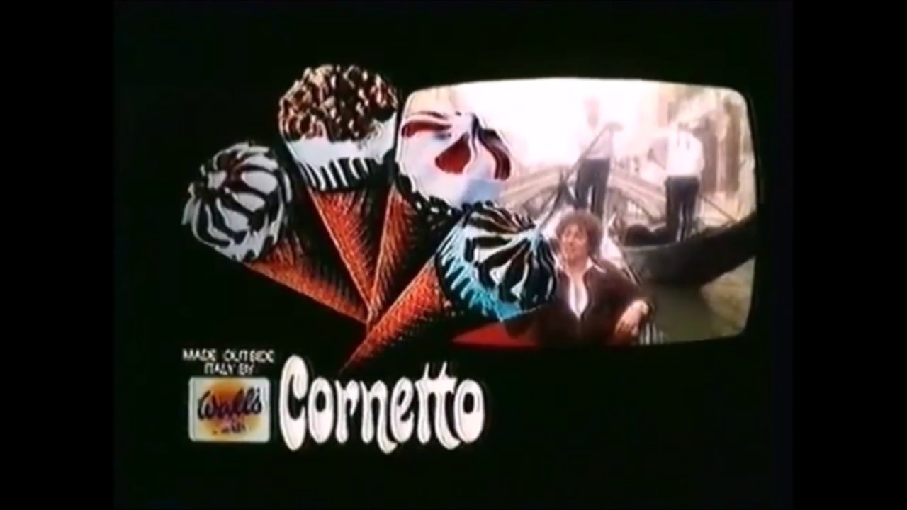 WALLS CORNETTO give me cornetto song in venice italy on ...