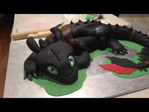 How to cake your dragon - Toothless cake
