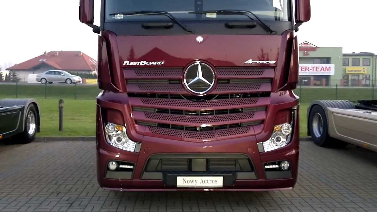 new 2012 mercedes benz actros mp4 premiere at mercedes. Black Bedroom Furniture Sets. Home Design Ideas