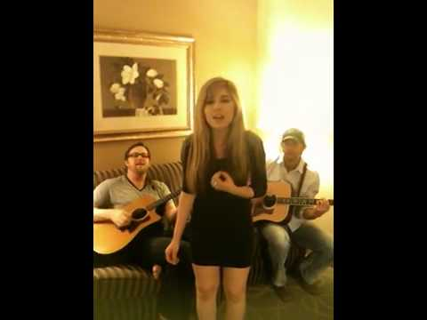 Jennette McCurdy Not That Far Away (acoustic)