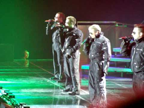 Westlife live - Hit you with the real thing