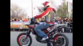 Stunt Мотошоу от PRT в Тольятти 04_05_2013 Канкадзе Верховников Кулеша(Открытие мотосезона в ТЛТ , Мотовевна 2013 от Biker-TLT , Мотошоу от PRT ( Pilot Racing Team ) в Тольятти 04_05_2013 Стантрайдеры..., 2013-05-06T04:06:00.000Z)
