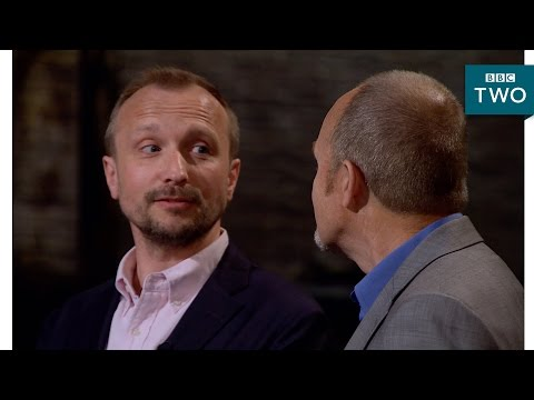 Entrepreneurs disagree in the middle of their pitch - Dragons' Den: Series 14 Episode 5