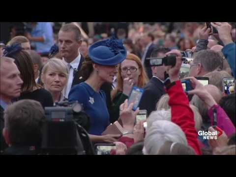 Prince William and Kate meet the crowd and depart from B.C. legislature