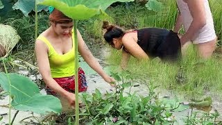 Primitive Beautiful Girl Cooking Big Fish On The River In Forest