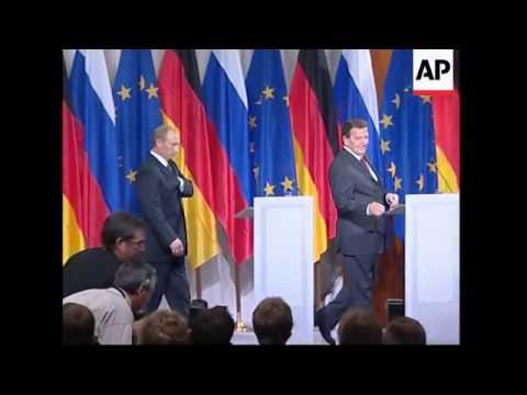 WRAP Putin meets Schroeder, Merkel, presser