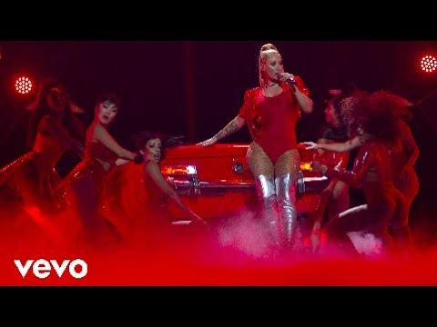 Iggy Azalea - Mo Bounce / Switch (Live From MTV Miaw 2017 HD) ft. Anitta