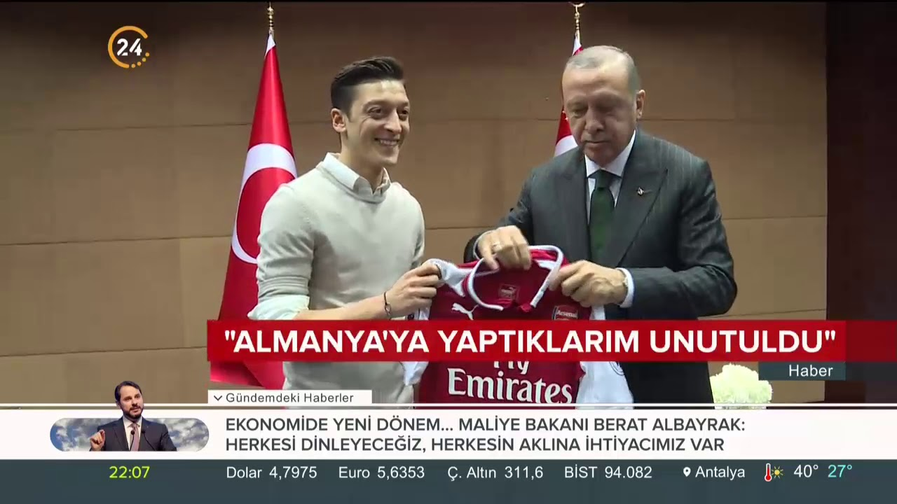 Mesut Özil sert bir açıklamayla Almanya Milli Takımı'ndan ayrıldığını açıkladı