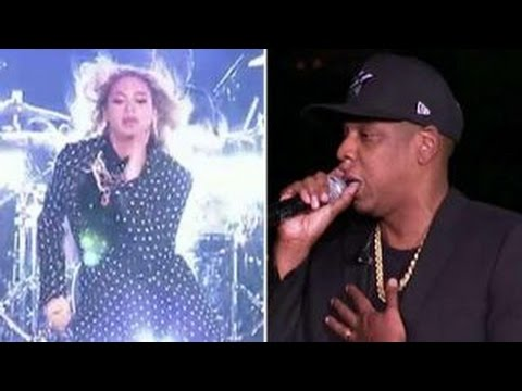 Clinton campaigns with Jay Z and Beyonce in Ohio