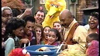 Sesame Street (#3785): Slimey Returns Home