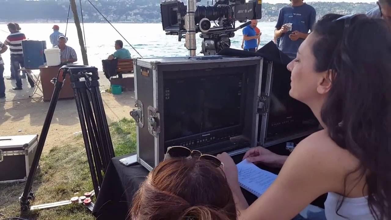 Yönetmen Eda Teksöz Asla Vazgeçmem dizi kamera arkası