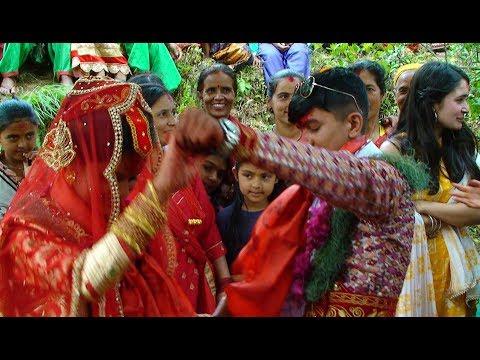 दुलाहाले बेहुलिको हात समाउदै घुमाउदै नचाए II Energy Dance at wedding Ii